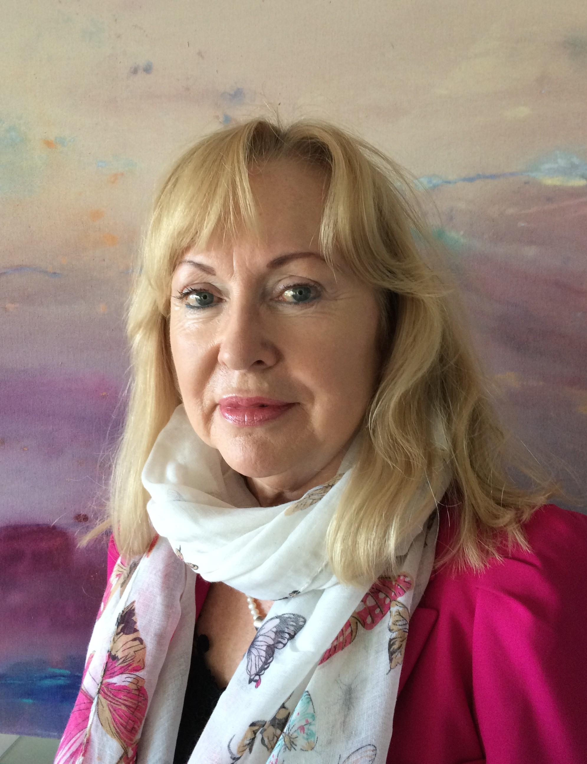 Linda M